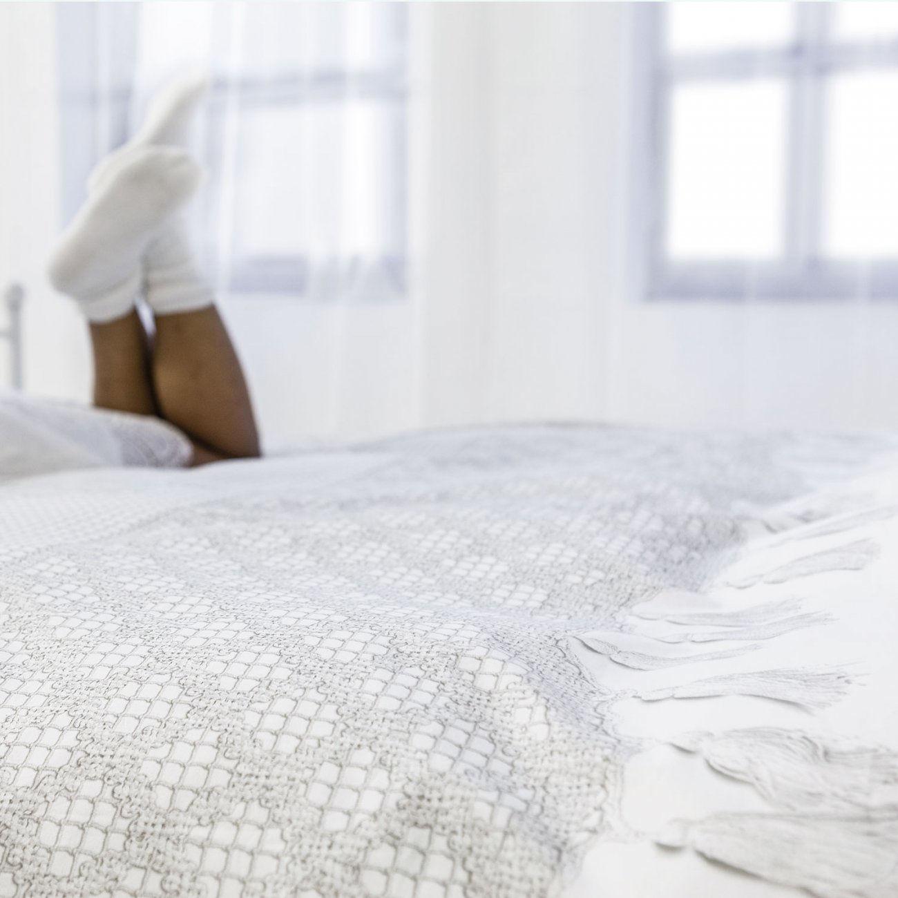 parure de lit 2 personnes venice 240 x 220 cm cochet blanc snurk made in design. Black Bedroom Furniture Sets. Home Design Ideas