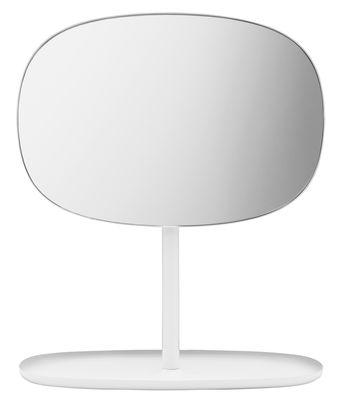 Accessori moda - Accessori bagno - Specchio da appoggiare Flip - / Svuotatasche di Normann Copenhagen - Bianco - Acciaio laccato, Vetro