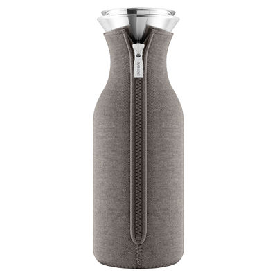 Tableware - Water Carafes & Wine Decanters - Stoppe-goutte Carafe - 1 L / Technical fabric by Eva Solo - Taupe - Glass, Silicone, Stainless steel, Technical fabric