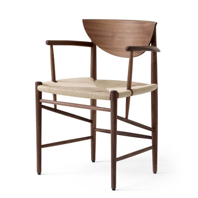 Furniture - Chairs - Drawn HM4 Armchair - / (1956) by &tradition - Walnut - Corde de papier, Oiled walnut