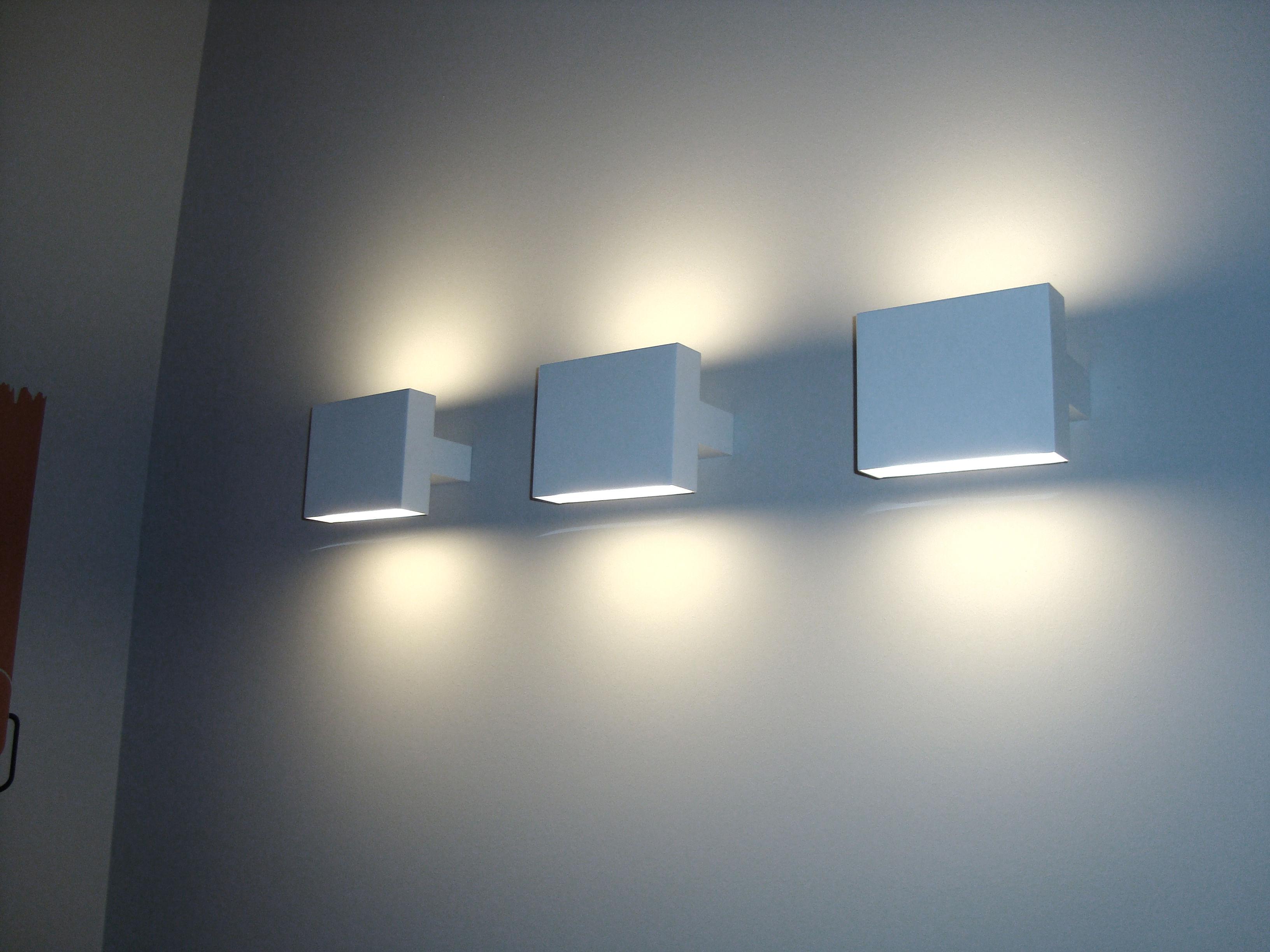 Flos wandleuchte: long light wandleuchte von flos bei m lichtdesign