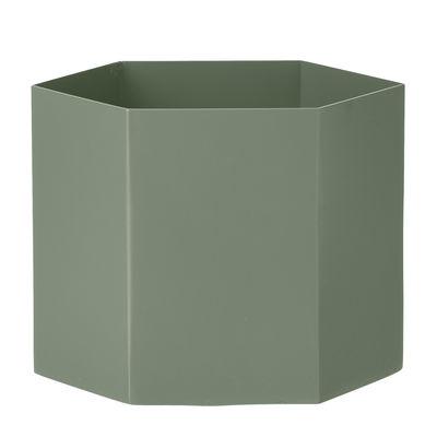 Interni - Vasi - Vaso Hexagon / Large - Ø 18 cm - Ferm Living - Verde antico - metallo laccato
