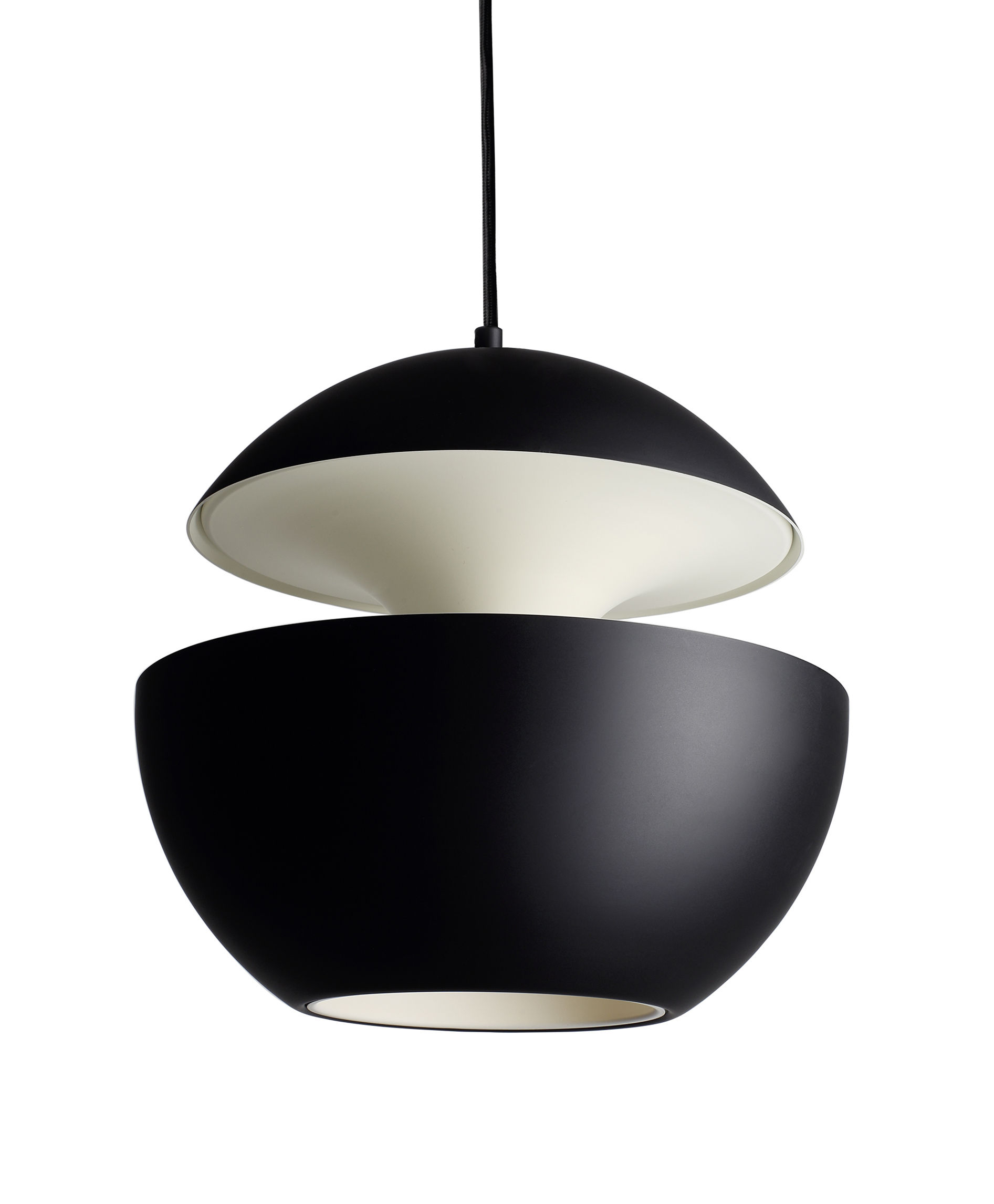 Lighting - Pendant Lighting - Here Comes The Sun Pendant - Ø 45 cm - 1970 reissue by DCW éditions - Lampes Gras - Black / White inside - Aluminium, Textile