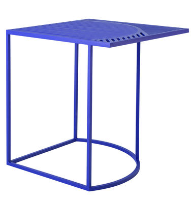 Furniture - Coffee Tables - Iso-B Coffee table - 46 x 46 x H 48 cm by Petite Friture - Blue - Lacquered steel