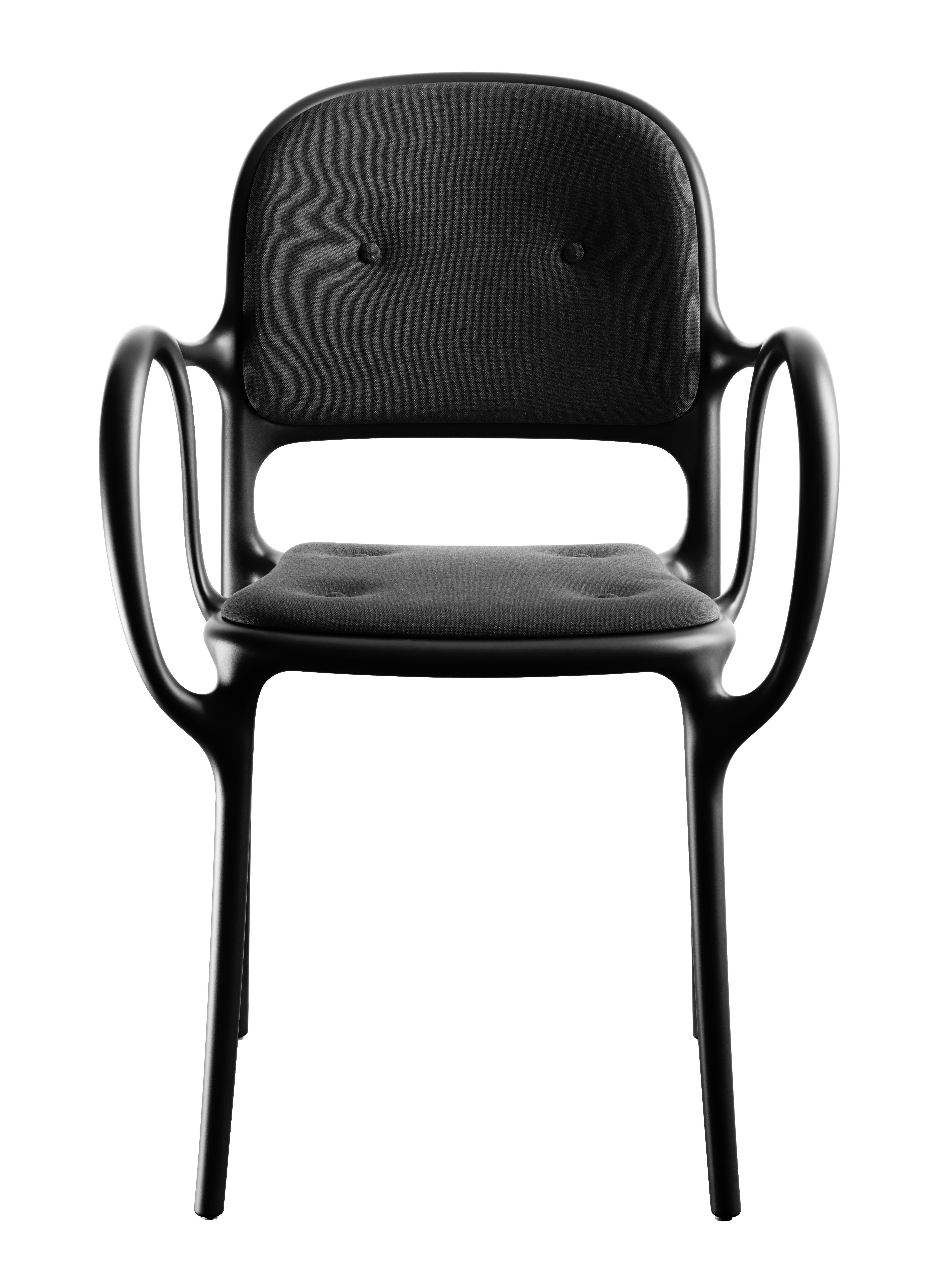 Mobilier - Chaises, fauteuils de salle à manger - Fauteuil rembourré Milà / Tissu - Magis - Noir - Polypropylène, Polyuréthane, Tissu